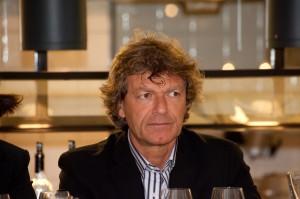 Antognoni concorda con Corvino: 'Sousa ha lavorato bene, abbiamo gli stessi punti degli altri anni, c'è troppa negatività'