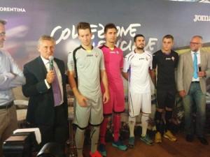 presentazione maglie ufficiali Fiorentina